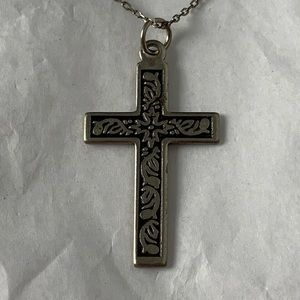 Jewelry - Detailed Cross Pendant on 925 Necklace Chain